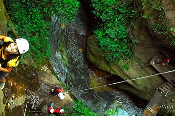 4 in 1 rincon de la vieja tubing zipline climb hotsprings costa rica info center 4