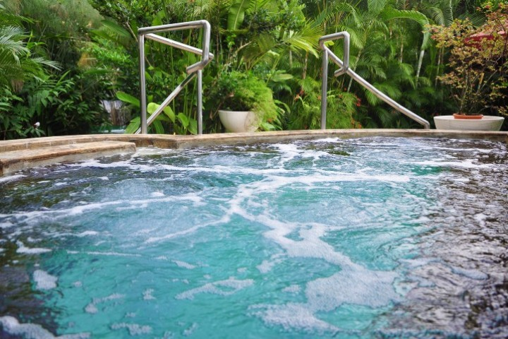 arenal paradise hot springs 06