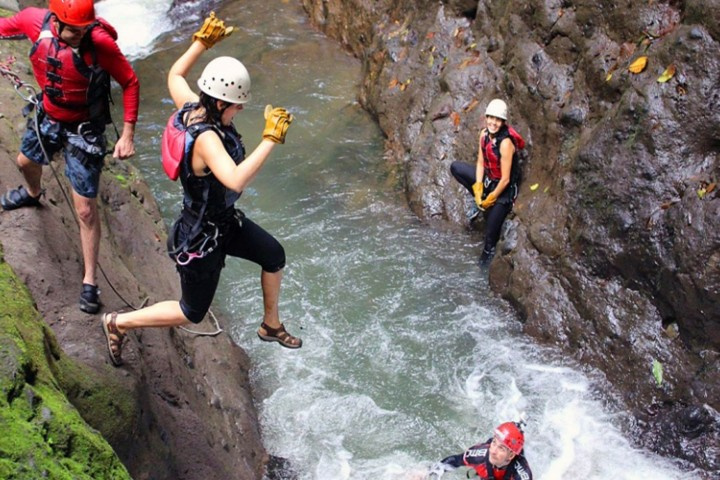 samara arenal 1 day hot springs rappelling hanging bridges tour costa rica info center 10