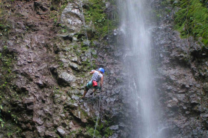 samara arenal 1 day hot springs rappelling hanging bridges tour costa rica info center 12