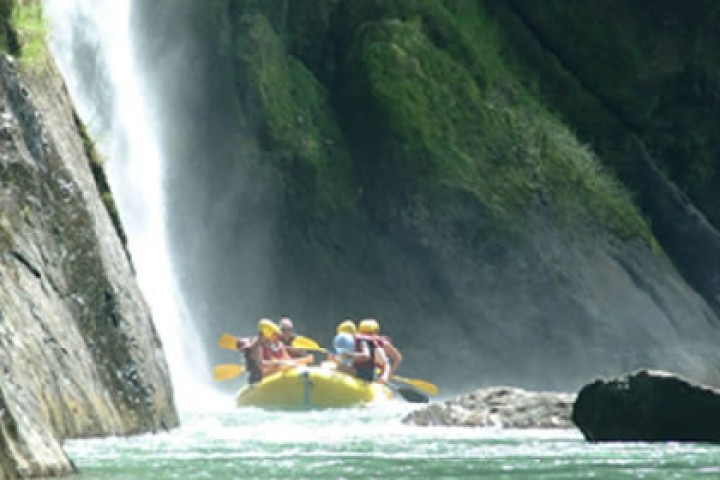 white water rafting costa rica samara arenal 1 day info center 5